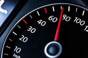 Wal Thema 7: Geschwindigkeit, Abstand und umweltschonende Fahrweise